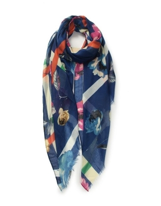 Picture of £7.99 ROSES PRINT SCARVES 3 ASST (3)