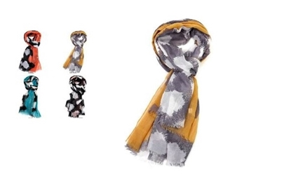 Picture of £4.99 GEO SCARVES 4 ASST